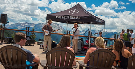 Bluegrass at Sundeck